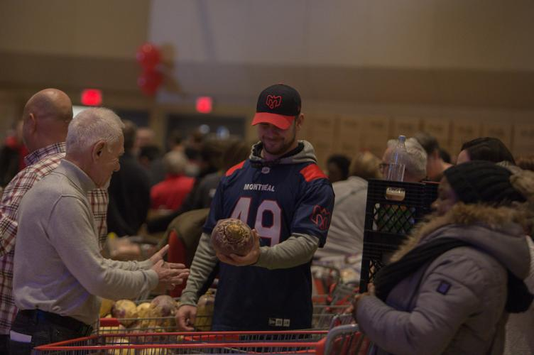 Distribution de paniers de Noël 2019
